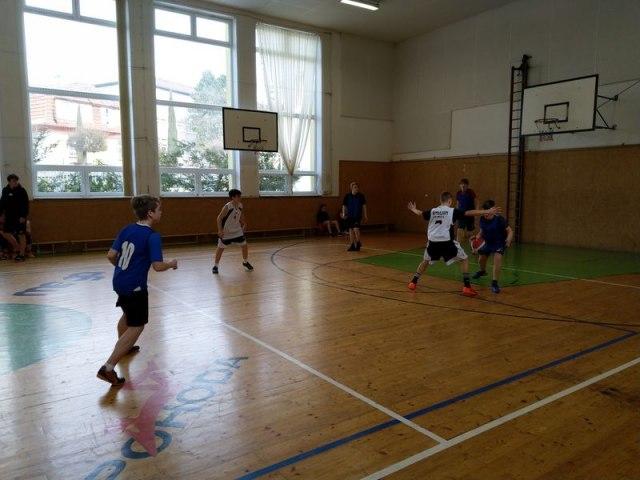 basket 13