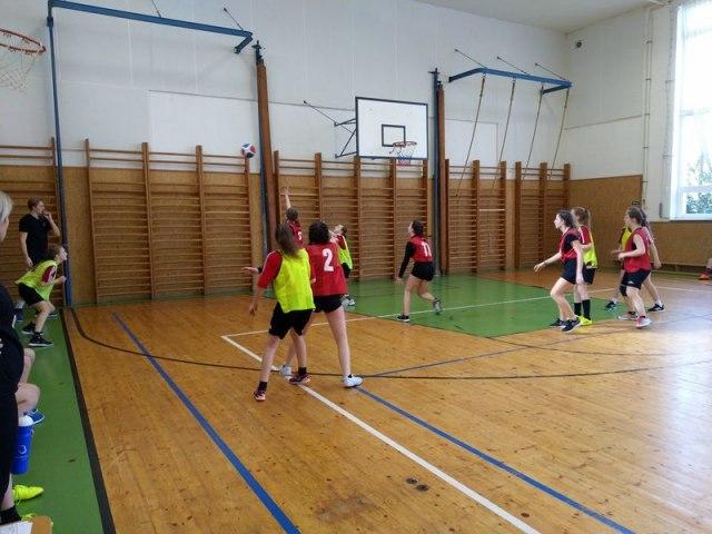 basket 19