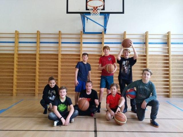 basket 23